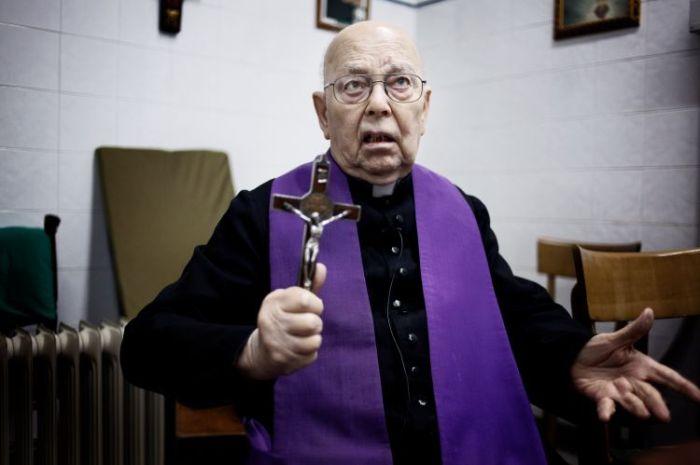 Padre-Amorth.jpg