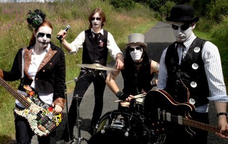Halloween Gruppo.Gruppo Horror Punk Spera Di Trovare Un Concerto Almeno Per Halloween